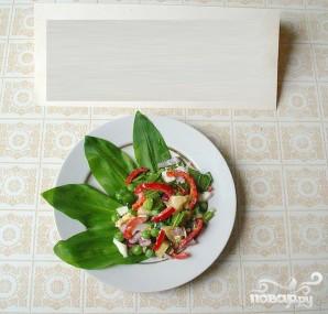 Весенний салат с черемшой и маринованными кабачками - фото шаг 6