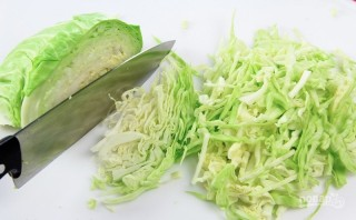 Салат с капустой и огурцами - фото шаг 1