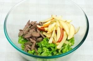 Простой салат с куриной печенью - фото шаг 3