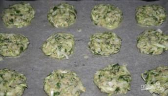 Оладушки из кабачков в духовке - фото шаг 4