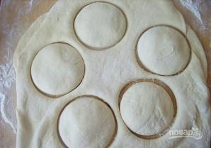 Пончики со сгущенкой - фото шаг 3