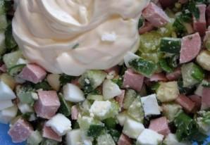 Салат из сосисок и яиц - фото шаг 5