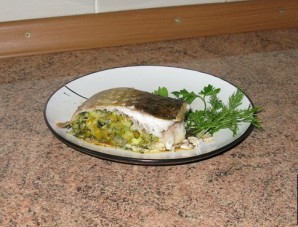 Фаршированная рыба, запеченная в духовке - фото шаг 4