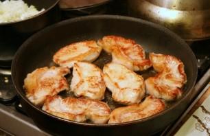 Мясо кусочками, запеченное в духовке - фото шаг 2