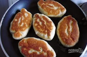 Рецепт пирожков с яйцом - фото шаг 9