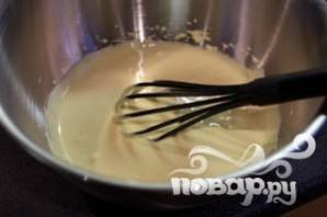 Запеченные блины с сосисками - фото шаг 4