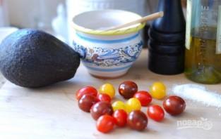 Салат из авокадо с помидорами - фото шаг 1