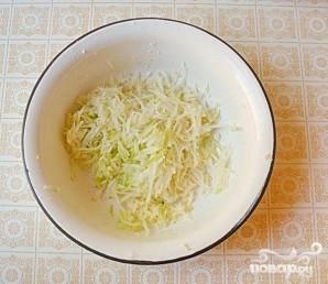 Салат с кольраби и корнем петрушки - фото шаг 2
