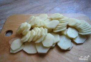Семга запеченная с картофелем - фото шаг 1