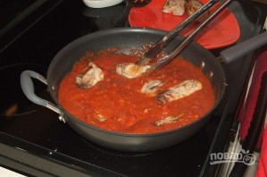 Свинина, тушенная с томатной подливкой - фото шаг 4