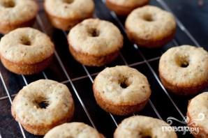 Банановые пончики в глазури - фото шаг 3