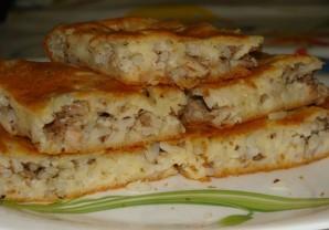 Пирог с консервой и рисом - фото шаг 4