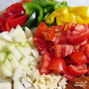 Тунец под соусом из болгарских перцев - фото шаг 2