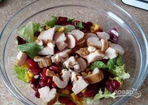 Салат с куриной грудкой и фасолью - фото шаг 3