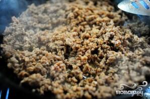 Кукурузный хлеб с колбасой и яблоками - фото шаг 3