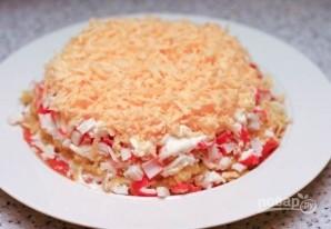 Салат с красной рыбой слоями - фото шаг 11