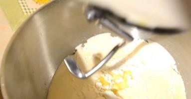 Ванильный кекс с яблоками - фото шаг 2