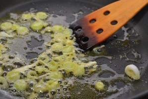 Омлет с креветками - фото шаг 5