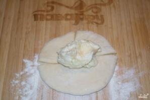 Пирожки с творогом из дрожжевого теста - фото шаг 5