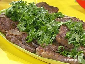 Стейк на ребре с сыром, оливками и травами - фото шаг 5