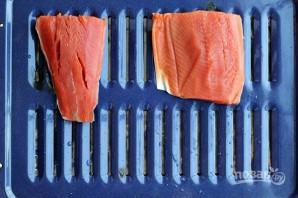 Салат с лососем - фото шаг 2