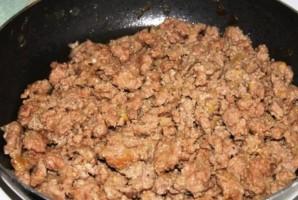 Картофельная запеканка с фаршем в духовке - фото шаг 2