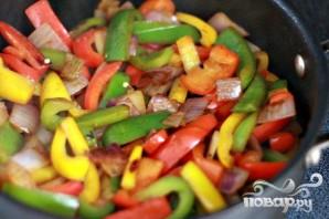 Колбаса с болгарским перцем и луком - фото шаг 3