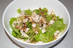 Салат с лисичками маринованными - фото шаг 4