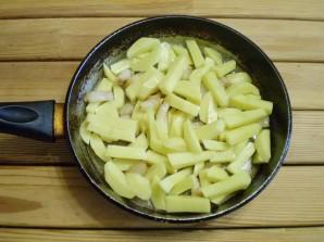 Картошка с салом на сковороде - фото шаг 5