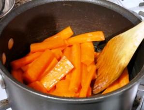 Сладкая глазированная морковь - фото шаг 2