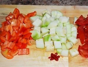 Омлет с брынзой и помидорами   - фото шаг 1