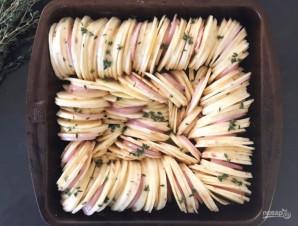 Батат с луком в духовке - фото шаг 4