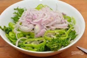 Вкусный салат с фасолью - фото шаг 5