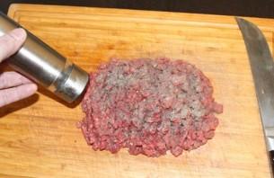 Бифштекс из фарша в духовке - фото шаг 3