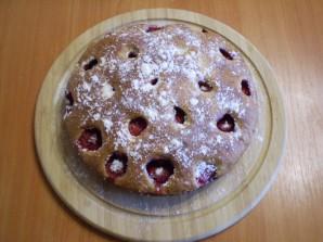 Клубничный пирог на кефире - фото шаг 9