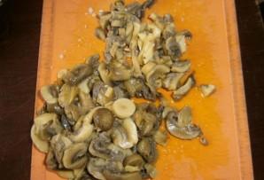 Салат из кальмаров и шампиньонов - фото шаг 3