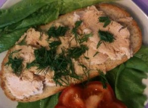 Бутерброды с икрой трески - фото шаг 4