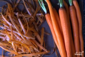 Салат из морковки с чесноком - фото шаг 4