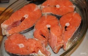 Рыба под сливочным соусом в духовке - фото шаг 1