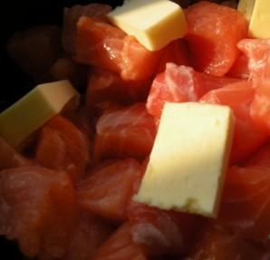 Семга в чесночном соусе - фото шаг 2