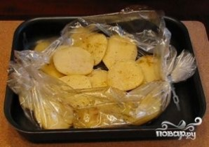 Картофель в рукаве для запекания - фото шаг 7