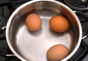 Простой салат из яиц - фото шаг 1