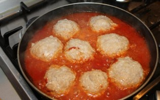 Ежики в томатном соусе - фото шаг 6