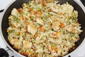 Жареный рис с курицей - фото шаг 10