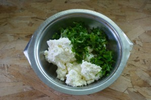 Хычины с сыром и зеленью - фото шаг 4
