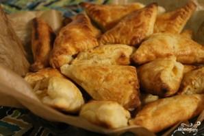 Слоеные пироги с брынзой - фото шаг 4