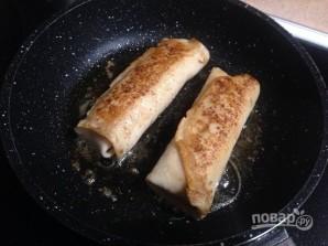 Блинчики с творогом и замороженной клубникой - фото шаг 10