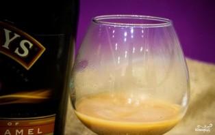 Кофе с бейлисом - фото шаг 2