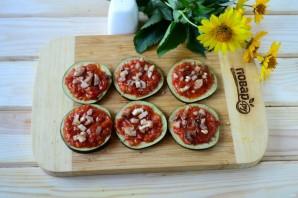 Мини-пицца на баклажанах - фото шаг 3