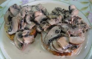 Тосты с грибами - фото шаг 6
